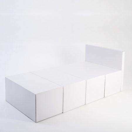 Cama individual con cabecero de cartón 90cm