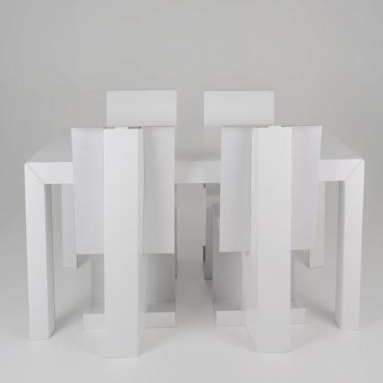 Pack 4 sillas en cartón y mesa rectangular en cartón