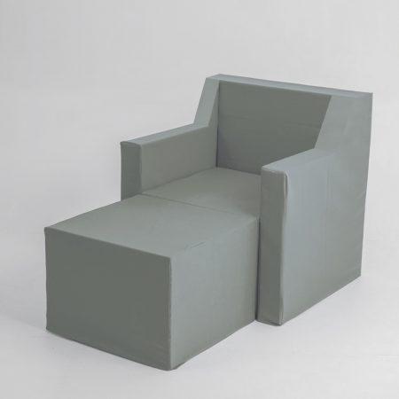 Sillón chaise longue de cartón de una plaza con fundas
