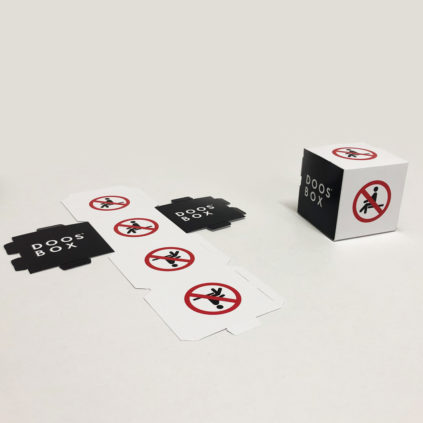 Señal prohibido sentarse